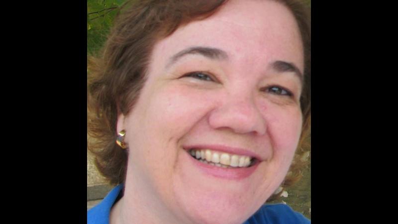 Kieni Cristina Arnosti Valle - DIRETORA SECRETÁRIA